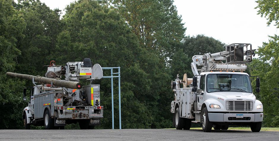 FILE: Frontier crews parked behind Moran Middle School in Wallingford, Tues., Aug. 27, 2019. Dave Zajac, Record-Journal