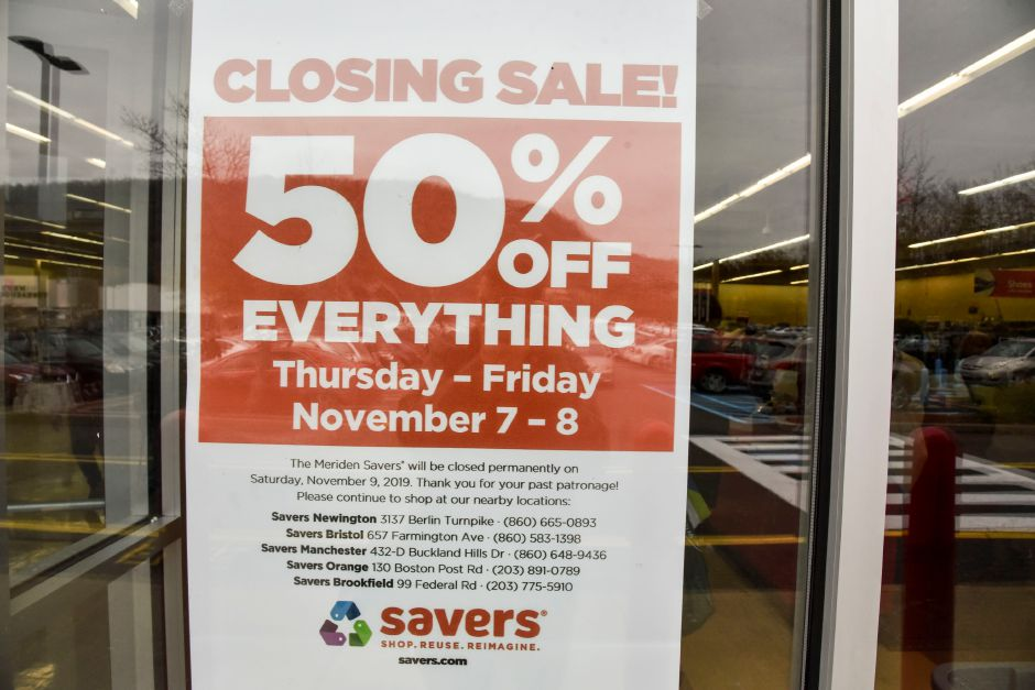 Savers, 495 Chamberlain Highway in Meriden, pictured on Nov. 7, 2019. The thrift store is set to close on Saturday, Nov. 9. | Matthew Zabierek, Record-Journal
