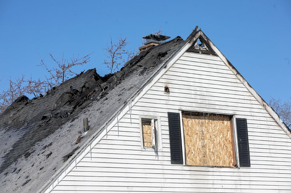 A house damaged by fire at 131 Cedar St. in Wallingford, Tues. Jan. 22, 2019. Dave Zajac, Record-Journal