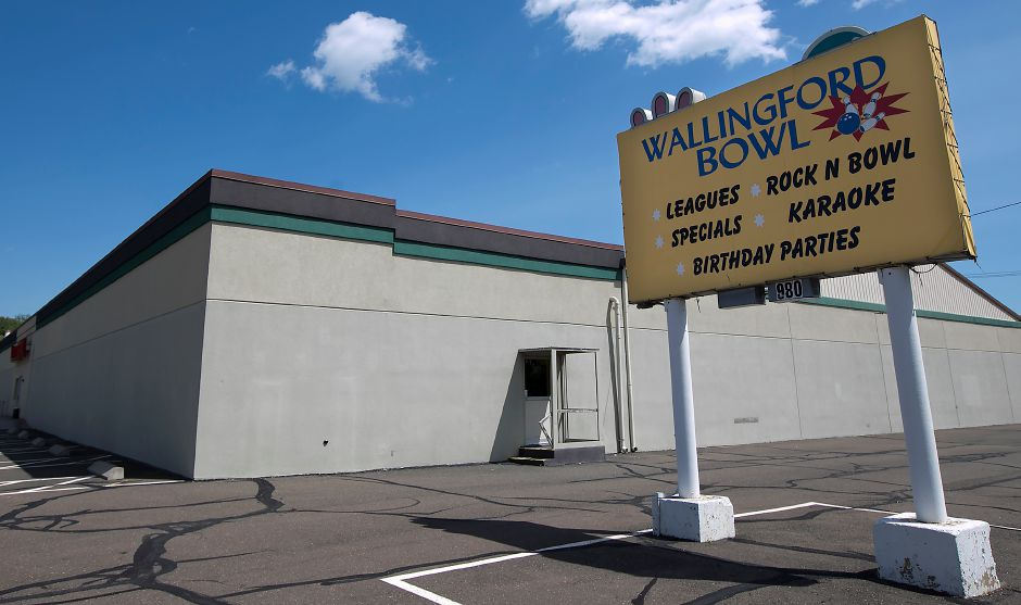 Wallingford Bowl on Route 5 in Wallingford, Wednesday, May 23, 2018. The decades-old bowling alley will close permanently at the end of the month. Dave Zajac, Record-Journal