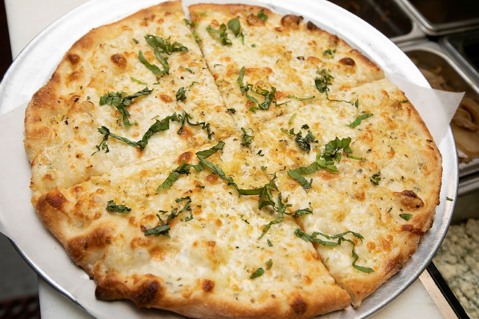 Cheese pizza on the menu at Horseshoe Taverne, 100 New Haven Rd., Durham, Mon., Jan. 6, 2020. Dave Zajac, Record-Journal