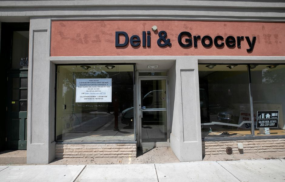 A former deli storefront at 63 W. Main. St. in Meriden, Tues., Aug. 11, 2020. An area businessman is seeking a special permit to operate a package store at the location. Dave Zajac, Record-Journal