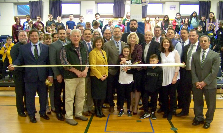 Dee Prior-Nesti Executive Director Quinnipiac Chamber of Commerce, Carlos Callozo-Executive Director UBGC, Tammie Ulbrich-Chairman of the Board UBGC, Chris Ulbrich-Board Member UBGC, Mike Freda-First Selectman of North Haven and several board members, volunteers and students.