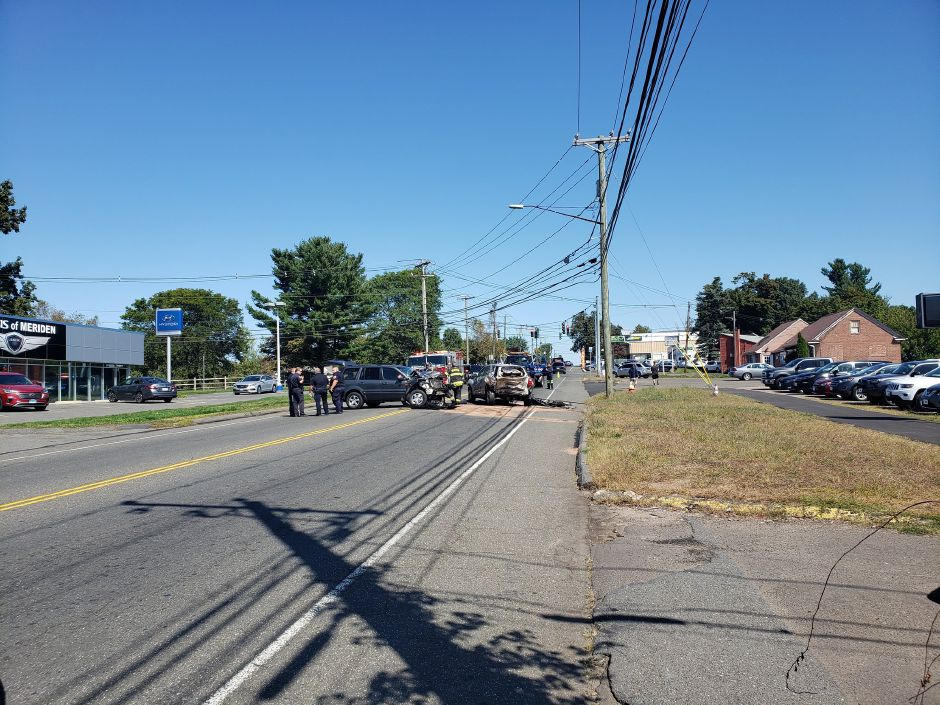 One driver was injured in a crash on Broad Street, Thursday, Sept. 19, 2019. |Lauren Sellew, Record-Journal
