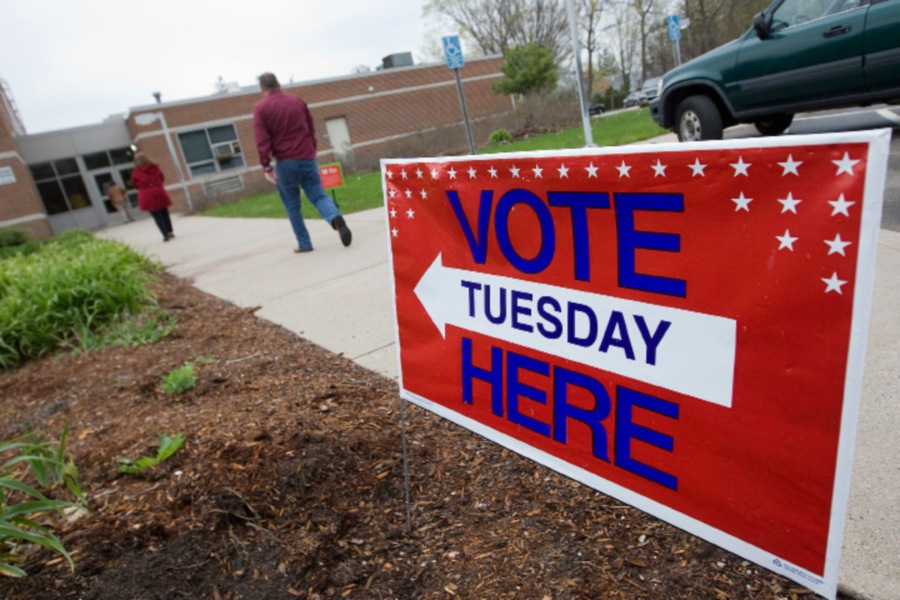Voters head to the polls  in Wallingford in April 2016. File photo, Record-Jounal