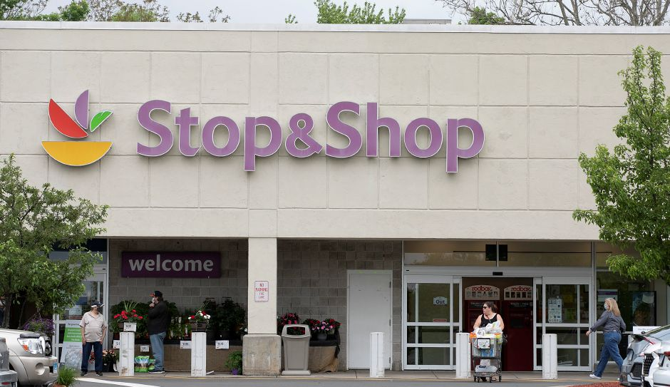 Stop & Shop at 77 Centennial Ave. in Meriden, Thurs., May 28, 2020. Stop & Shop will close its grocery store and gas pumps in Centennial Plaza this fall, citing lackluster sales and low traffic numbers for its decision. Dave Zajac, Record-Journal