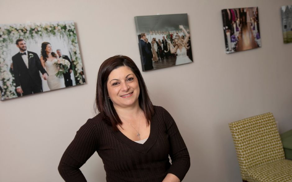 Event planner Carisa Lockery, owner of Pink Olive Events in Cheshire, Thurs., Mar. 19, 2020. Dave Zajac, Record-Journal