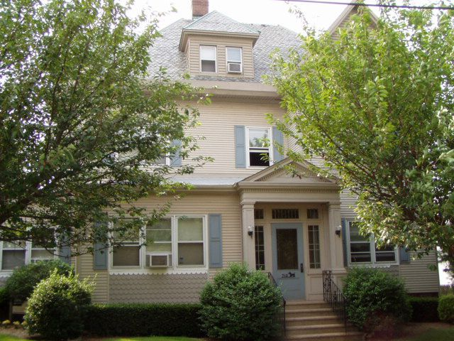 William Sola and Maria H. Sola to 710 Broad Street LLC, 710 Broad St., $380,000.