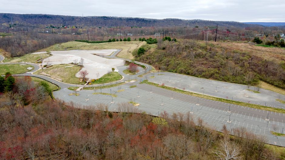 View looking northeast shows the former Bristol-Myers Squibb property at 5 Research Parkway in Wallingford, Mon., Apr. 12, 2021. An application for a special permit for a warehouse use at 5 Research Parkway has been filed with the Planning and Zoning Commission. Dave Zajac, Record-Journal