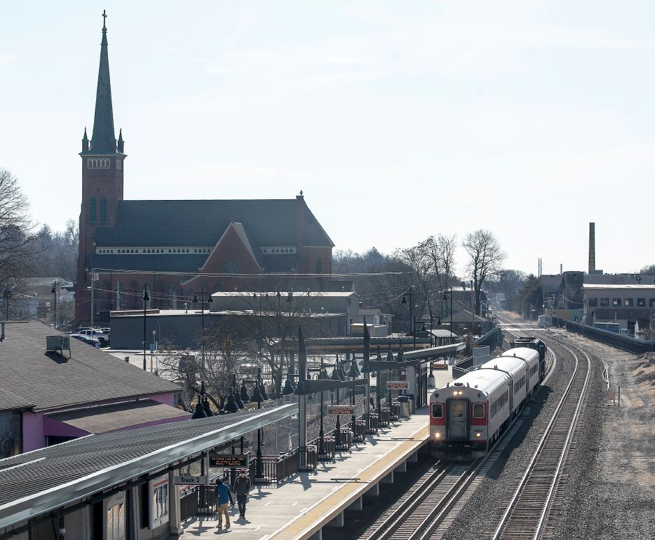A CTrail train heading north pulls into the Wallingford train station Mon., Feb. 17, 2020. Dave Zajac, Record-Journal
