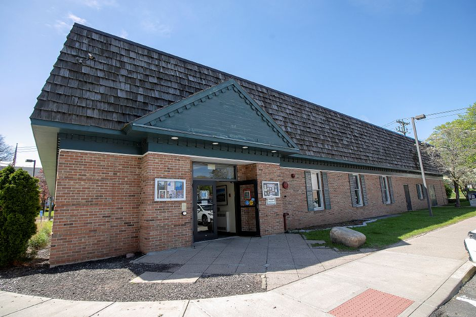 The Southington Public Library, Mon., May 6, 2019. Dave Zajac, Record-Journal