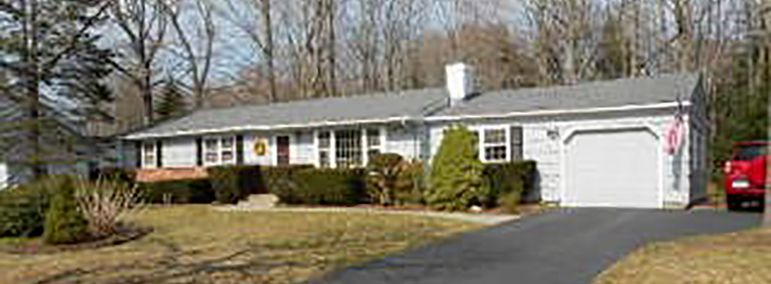 Charlotte D. Lafemina to Erik L. Hulteen and Lisa M. Bailey, 358 Sharon Drive, $260,000.