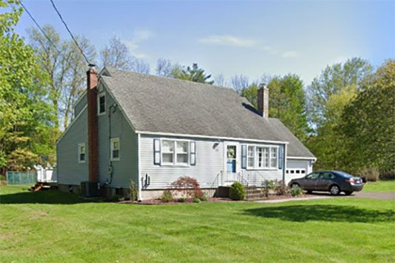 Stephen Sacco and Linda Sacco to Devin Close and Patrick Close, 200 Parker Farms Road, $305,000.