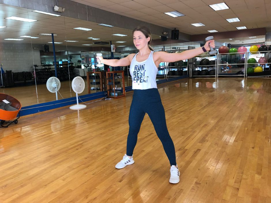 Kristen Dearborn recommends compound movements such as renegade rows to work multiple major muscle groups.