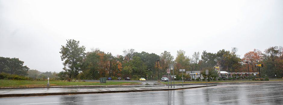 A convenience store has been proposed for a vacant lot, left, on Route 5 next to Sonic in Wallingford, Tues., Oct. 13, 2020. Dave Zajac, Record-Journal