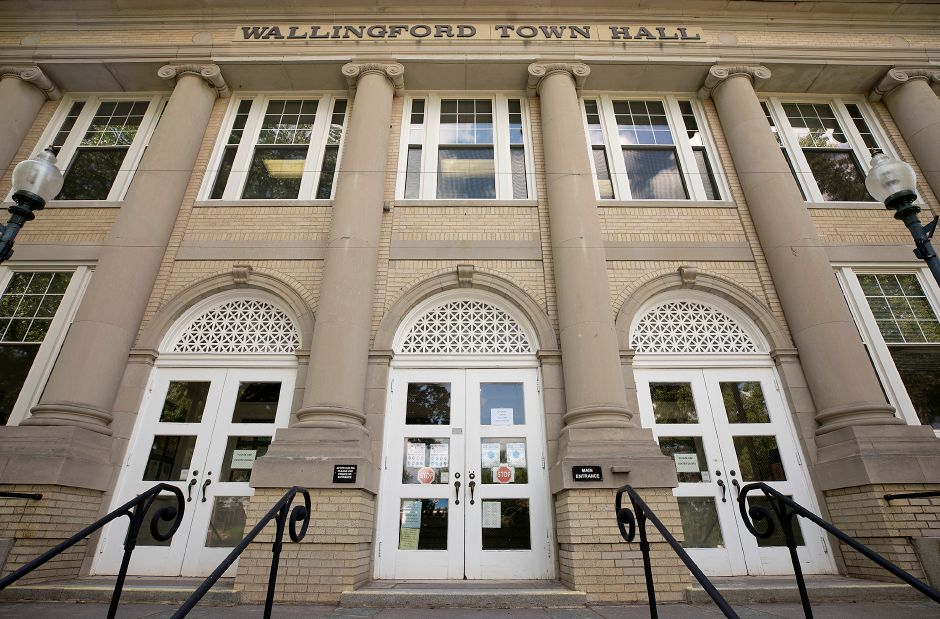 Wallingford Town Hall, Tues., Jul. 21, 2020. Dave Zajac, Record-Journal