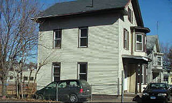 605 Wood Ave. Associates to Joseph L. Allman, 9 Gladwin Place, $136,000.