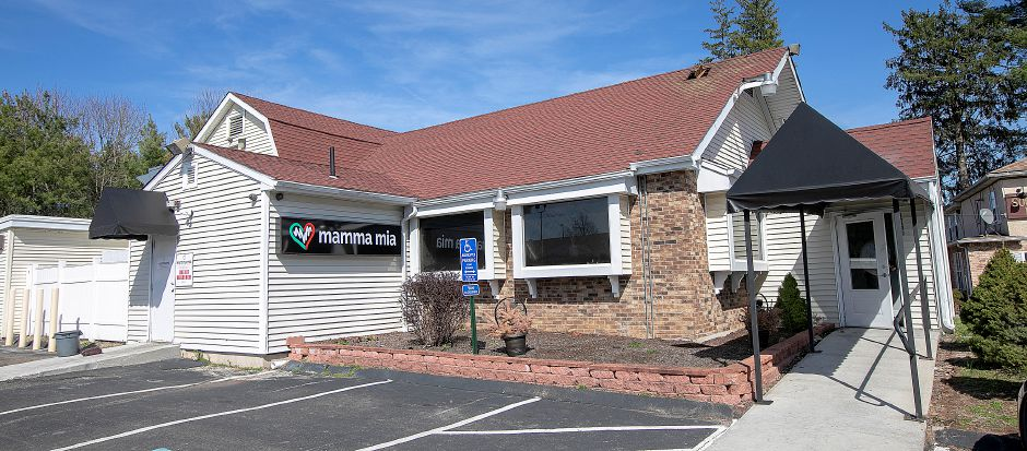 Mamma Mia Restaurant, 1765 Meriden-Waterbury Turnpike, Southington, Wed., Apr. 17, 2019. The restaurant is closed after a fire Tuesday night. Dave Zajac, Record-Journal