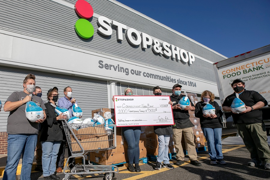 Stop & Shop's Turkey Express program donates 1,000 Thanksgiving Turkeys and $5,000 to the Connecticut Food Bank during a gathering at Stop & Shop in Cheshire, Tues., Nov. 10, 2020. Stop & Shop's Turkey Express program will deliver more than 18,000 turkeys to hunger relief organizations in Connecticut, Massachusetts, Rhode Island, New Jersey and New York this holiday season. Dave Zajac, Record-Journal