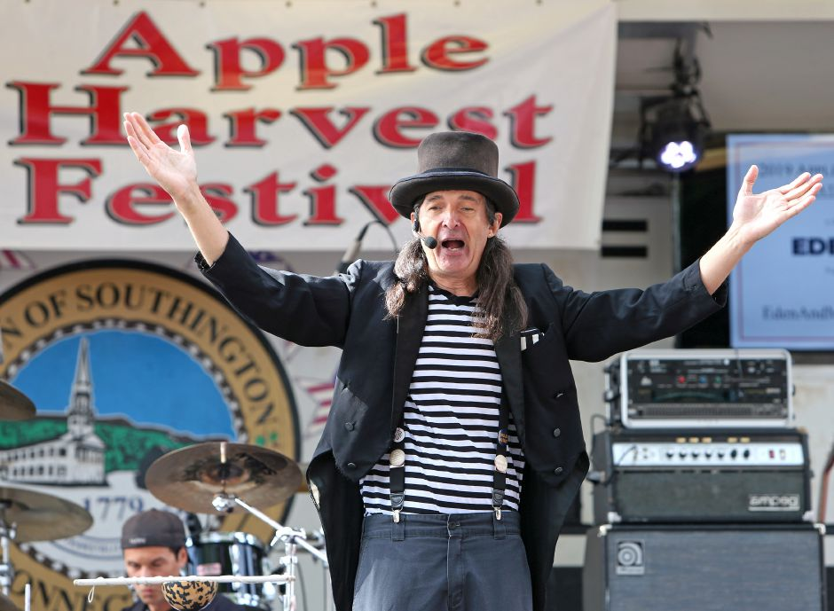 The Amazing Andy performs on the main stage at the annual Apple Harvest Festival in Southington on Saturday, Oct. 12, 2019. Emily J. Tilley, special to the Record-Journal.
