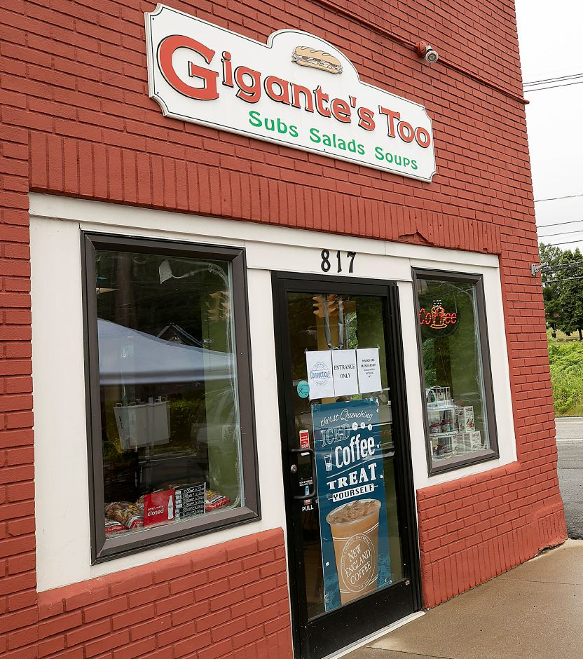 Gigante's Too at 817 E. Center St. in Wallingford. Gigante's Too has reopened under new ownership. Dave Zajac, Record-Journal