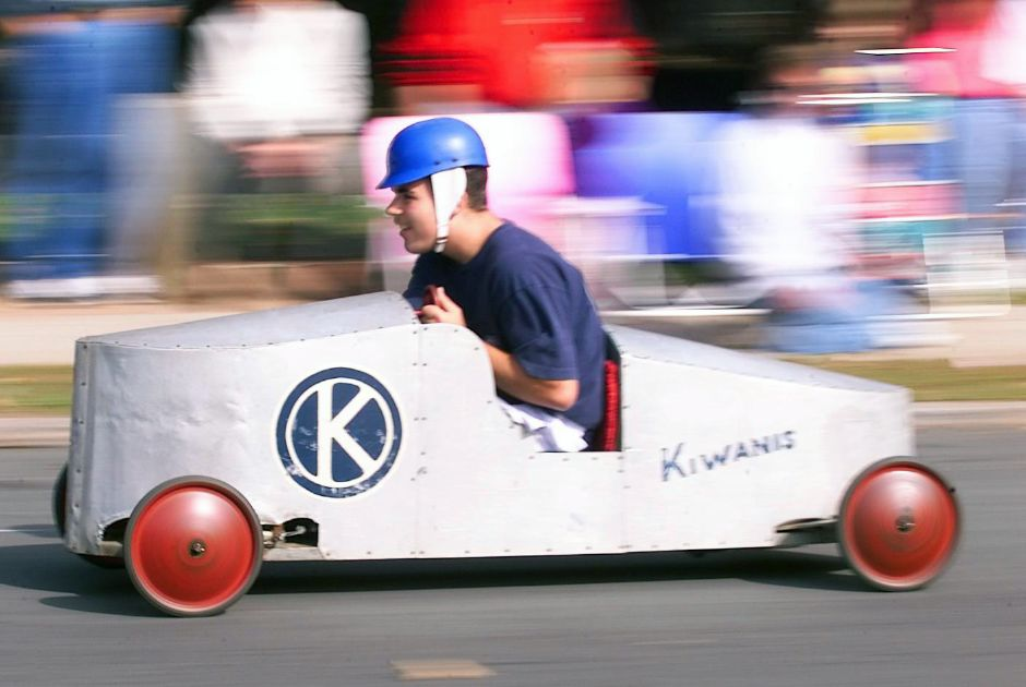 Kyle Wentland of Bristol drives the vintage Meriden Kiwanis car during one of the preliminary heats of Sunday
