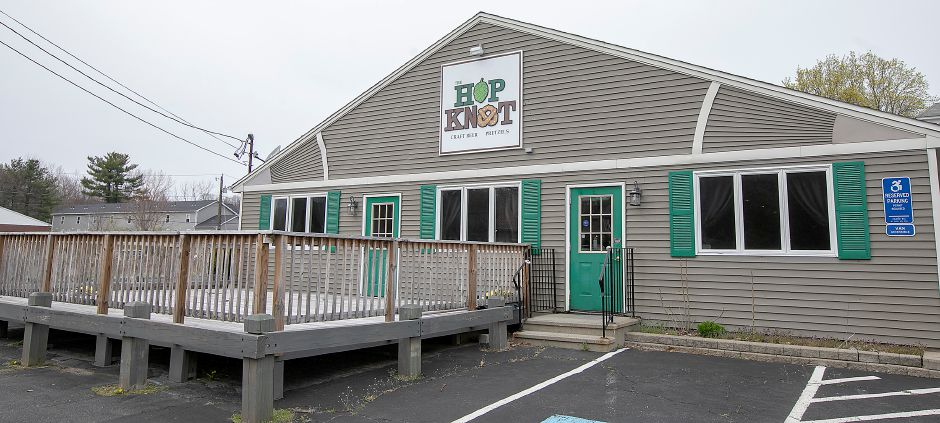 The building previously occupied by Hop Knot craft beer and pretzel bar in Southington, Fri., Apr. 17, 2020. Dave Zajac, Record-Journal
