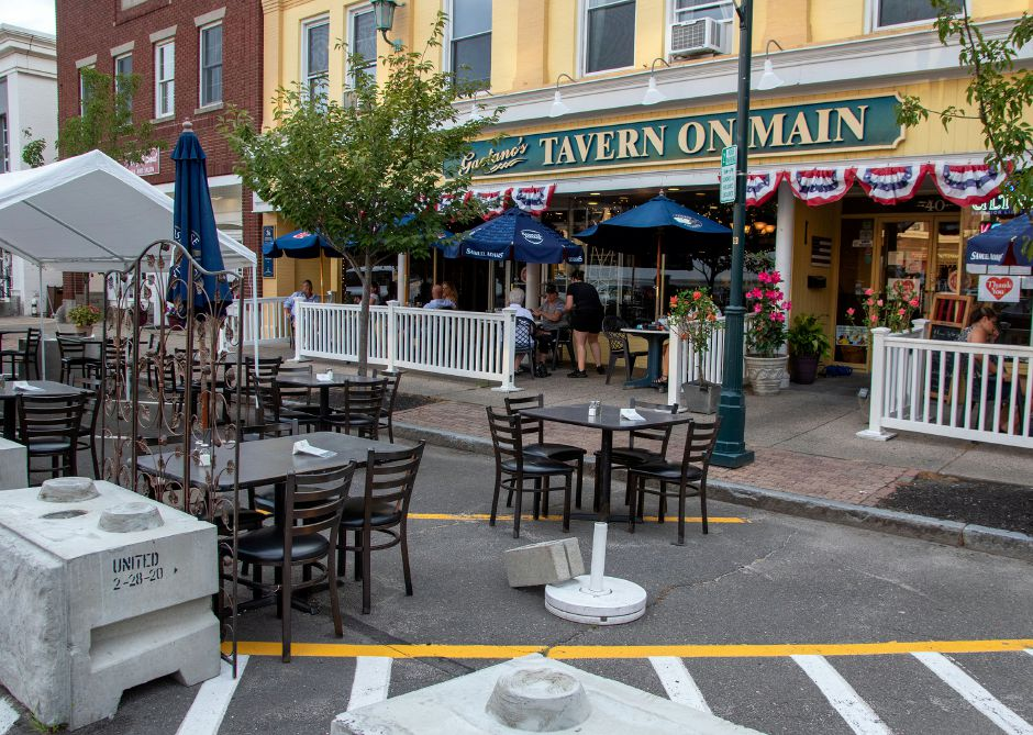 A section of the parking lot is blocked off for customers at Gaetano's Tavern on Main in Wallingford on Thursday, July 23, 2020. Aaron Flaum, Record-Journal